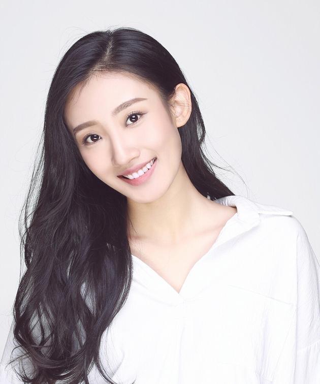 演员冯鑫垚