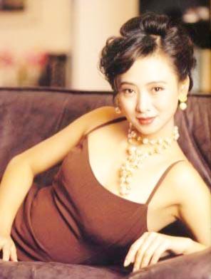 资料图片:翁虹(25)