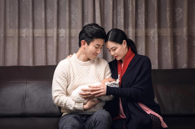 新闻首页 生活资讯 >> 正文   宝宝照片        新浪娱乐讯 12月25日
