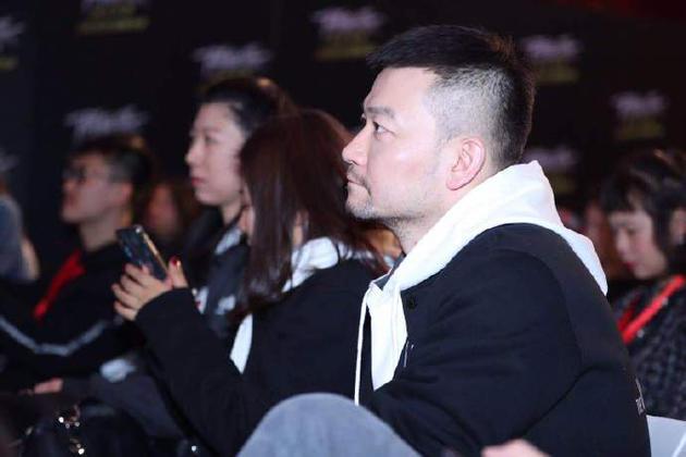 《流浪地球》导演郭帆台下听讲