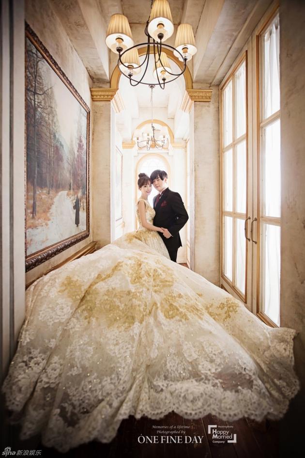 文熙俊、昭燏结婚照