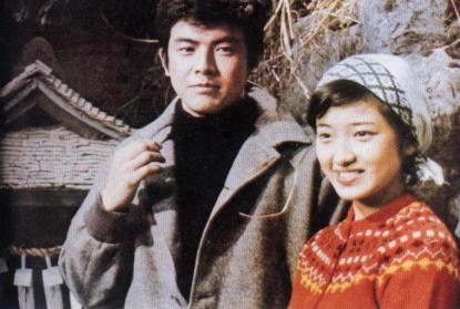山口百惠和三浦友和(资料图片)-山口百惠夫妇不让儿子和演艺圈沾图片